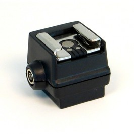 sc_5_hot_shoe_adapter_front_pc_connector